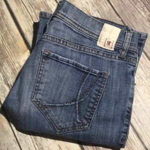 !iT Jeans Hottie Flare 30 x 32 Stretch Classic